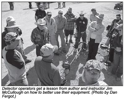 Detector operators get a lesson.